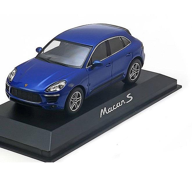 Коллекционная модель Porsche Macan S 2013