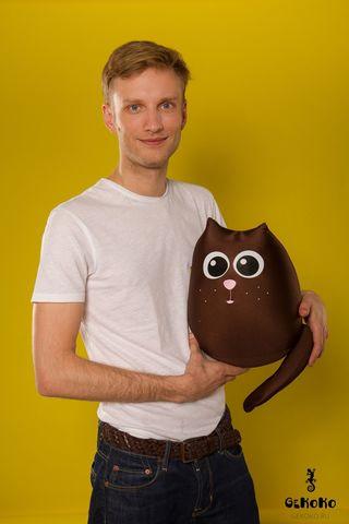 Подушка-игрушка «Кот шоколадный большой»-2