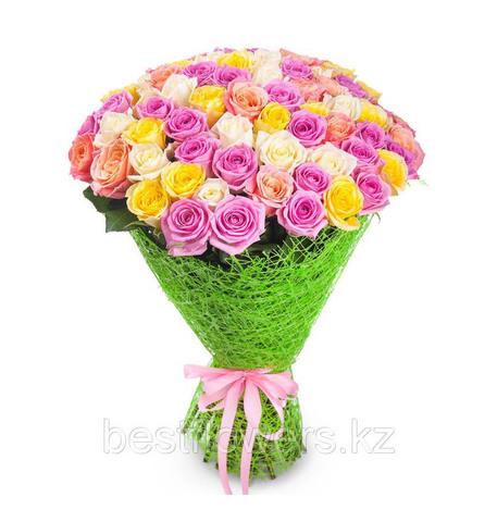 Букет из 51 розы микс (местные)