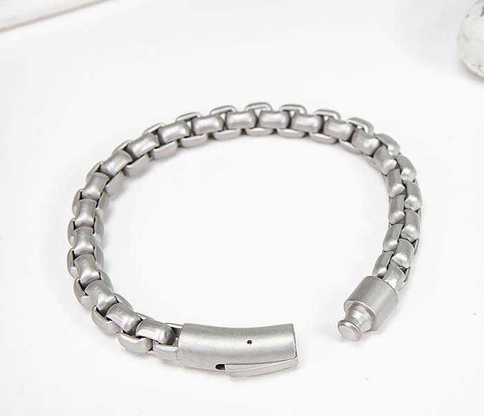 BM579-2 Серебристый браслет из стали с матовым покрытием (21,5 см) фото 03