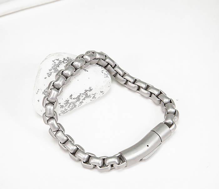 BM579-2 Серебристый браслет из стали с матовым покрытием (21,5 см) фото 05