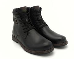 Черные ботинки на шнуровке с замком