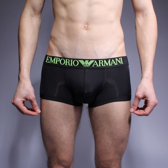 Мужские трусы хипсы черные с черной резинкой и салатовой надписью Emporio Armani Basic Intimates Hip Brief