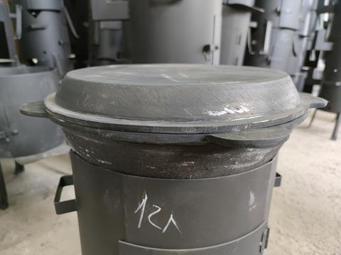 Чугунная крышка сковорода на казан 12л