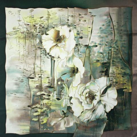 Шёлковый платок Цветы на воде С-60