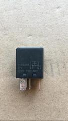 Реле замыкания тока б/у для грузовых автомобилей МАН ТГА/ТГС. В наличии.  Оригинальные номера MAN - 81259020521  Производитель - MAN.