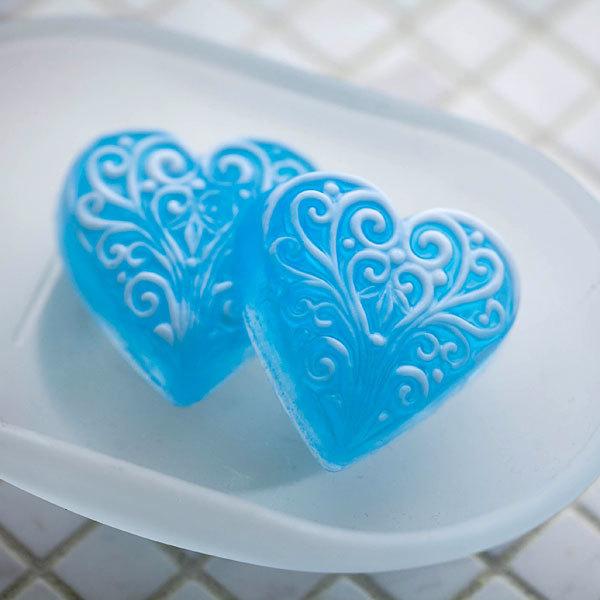 Пластиковая форма для мыловарения Сердце с орнаментом