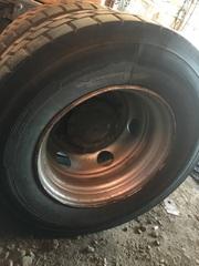 Колёса на грузовые авто МАН, колёса/диски/колёса в сборе.  Алюминевые колёсные диски на МАН  Разборка МАН ТГА ТГЛ/MAN.   Разбираем грузовики МАН ТГЛ/МАН ТГА, разбираемые нами авто все из Европы, б/у запчасти в отличном состоянии. Наш товар уже был в употреблении, но это не означает, что он низкого качества. Каждый из наших сотрудников имеет многолетний опыт работы с подобными автомобилями. Подбор запчастей по VIN-номеру автомобиля, отправка по всей России, гарантия на запчасти! Помимо б/у запчастей МАН, вы так же можете приобрести у нас высококачественный аналог Европейских, Турецких и Китайских производителей.  Новые запчасти на МАН