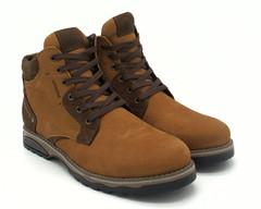 Рыжые ботинки на шнуровке