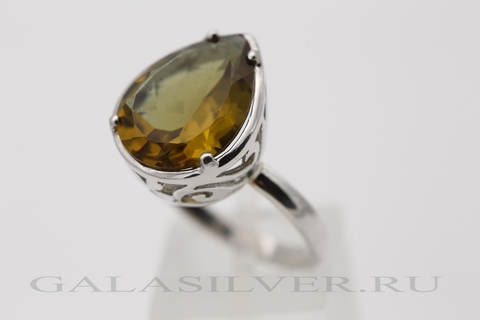 Кольцо с султанитом из серебра 925