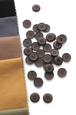 Пуговица,пластик,светло-коричневый,15 мм