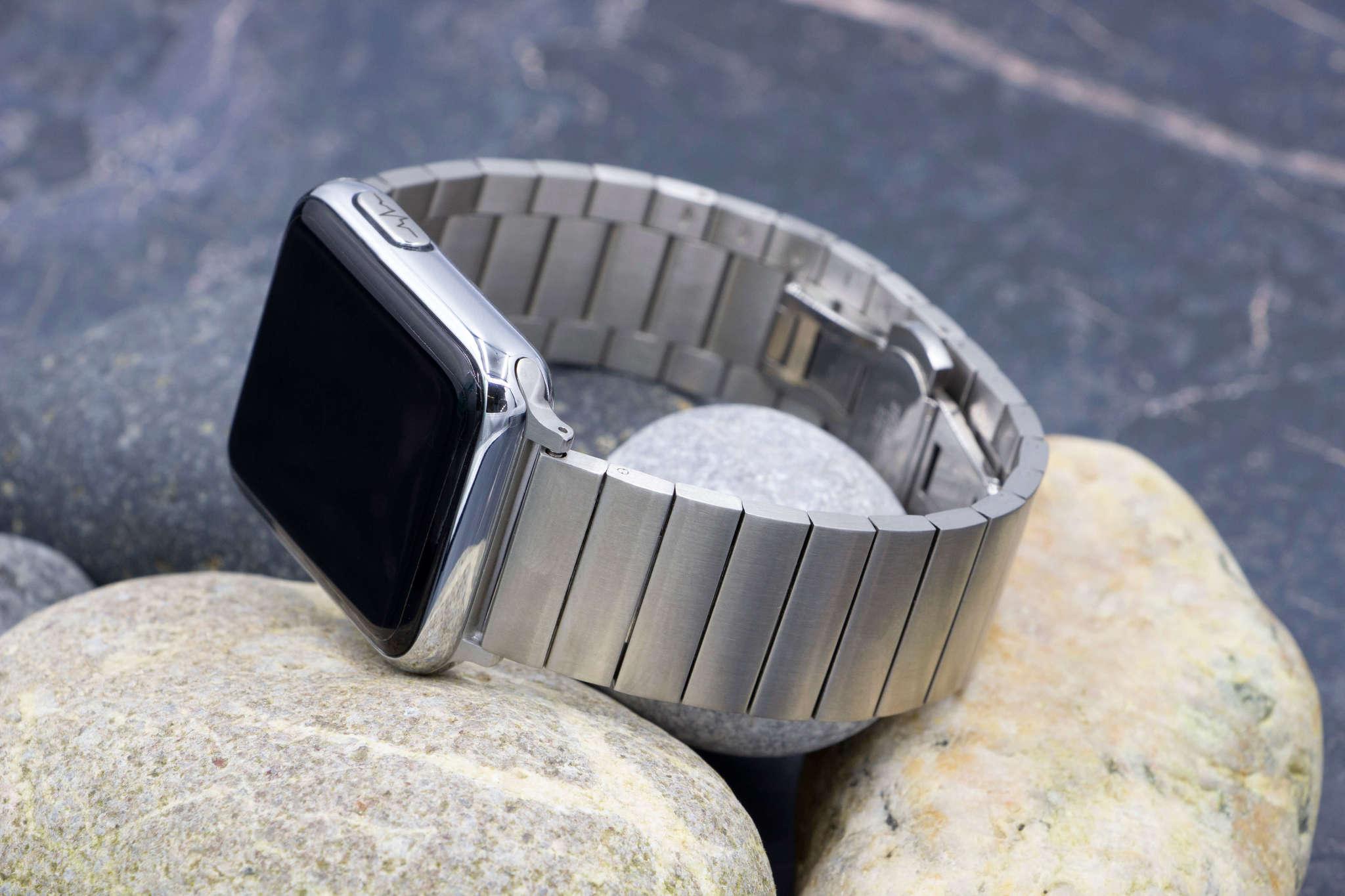 Профессиональные кардио-часы с автоматическим измерением давления, температуры, пульса, кислорода, сервисом расшифровки ЭКГ, контролем аномального пульса и кардиомонитором Health Watch Pro №5 (серебро Premium Strap)