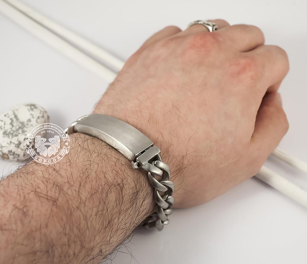 BM352 Стильный матовый браслет из ювелирной стали с широкой планкой - застежкой (22 см) фото 06