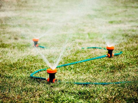 Система для автоматического полива газонов Portable Sprinkle, 3 распылителя