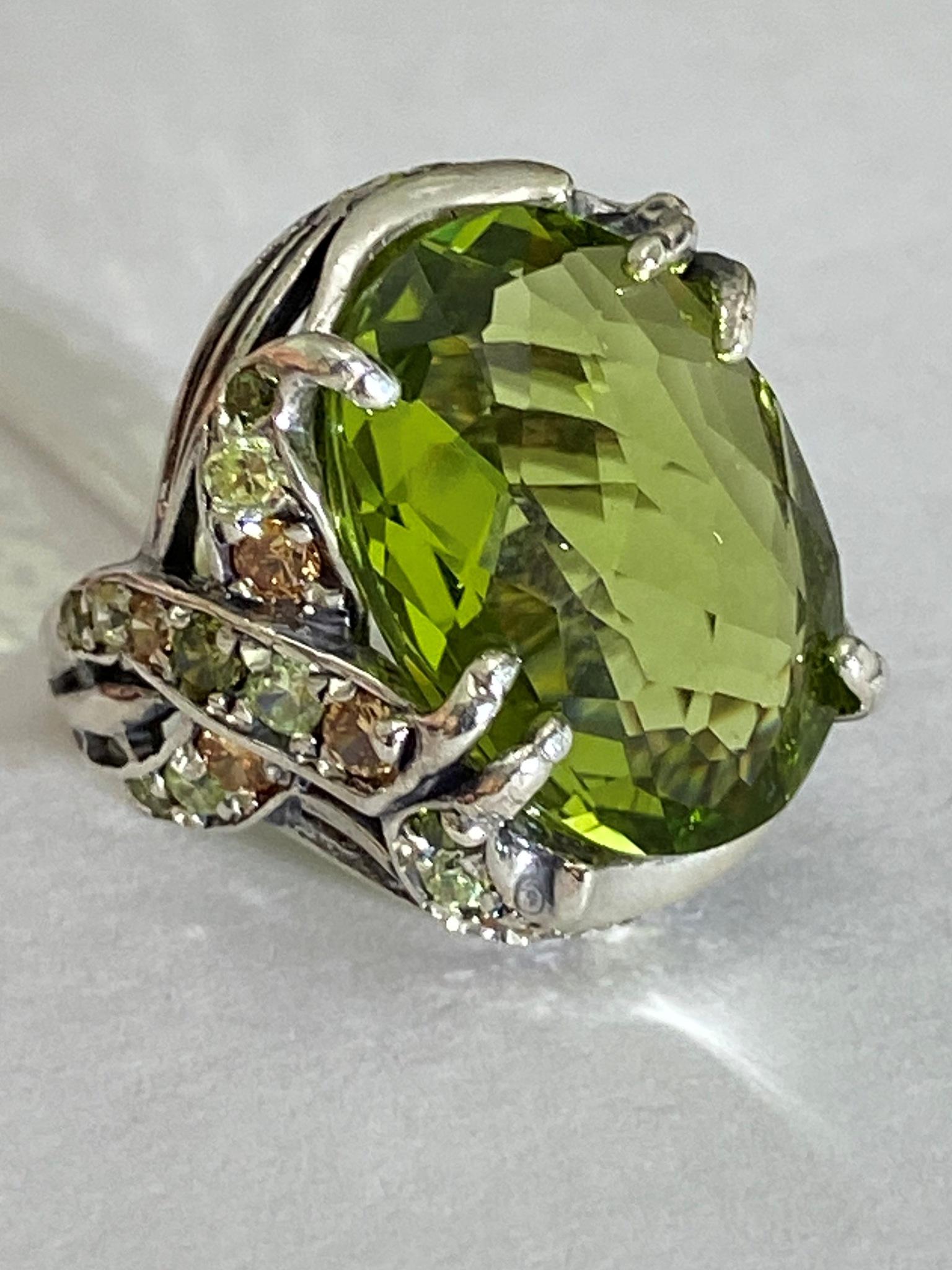 Фламенко (кольцо из серебра)