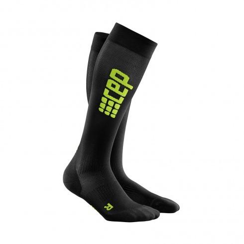 Для занятий спортом Компрессионные гольфы CEP для бега, ультратонкие 1_cep_ultralight_run_socks_black_green.jpg