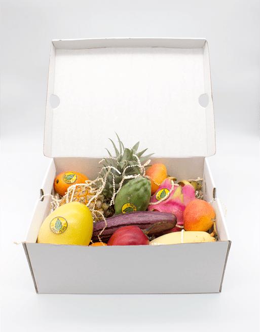 Подарочная Коробка L с фруктами. Лавка экзотических фруктов Sweet Prince
