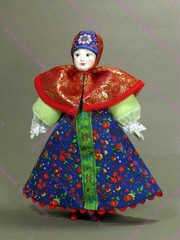 Кукла в ситцевом сарафане