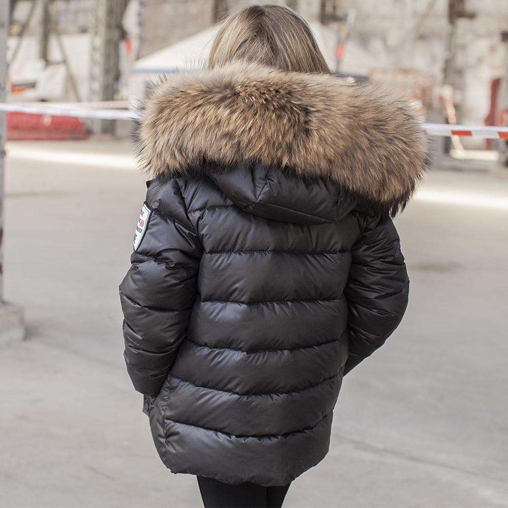Дитяча зимова куртка з натуральної опушки чорного кольору на дівчинку