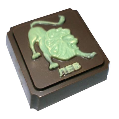 Пластиковая форма для шоколада ЗНАК ЗОДИАКА ЛЕВ (65х65мм)