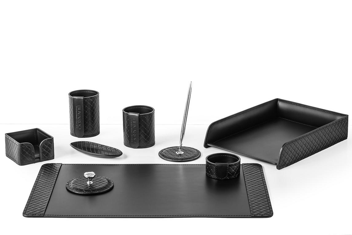 Настольный набор  арт.2165-AK Black из 9 предметов кожа Full Grain+Cuoietto цвет черный.