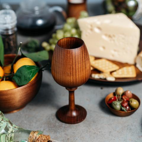 Деревянный фужер, бокал для вина из дерева Сибирского кедра