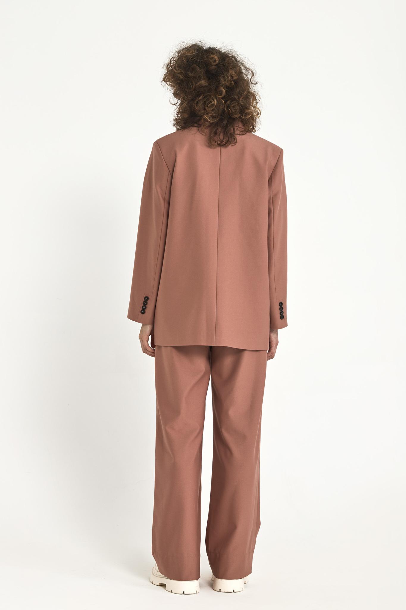 Жакет с большим плечом (костюмный твил), розовая пудра