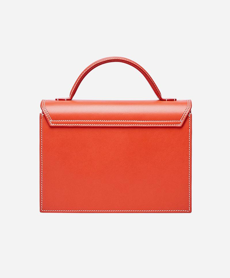 сумка-сзади-красная