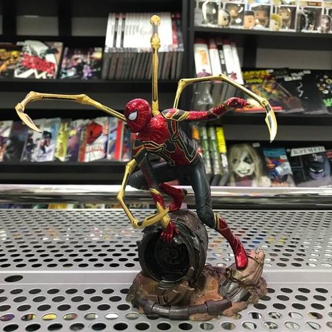 Фигурка-статуя Человек-паук Infinity War — Iron Spider