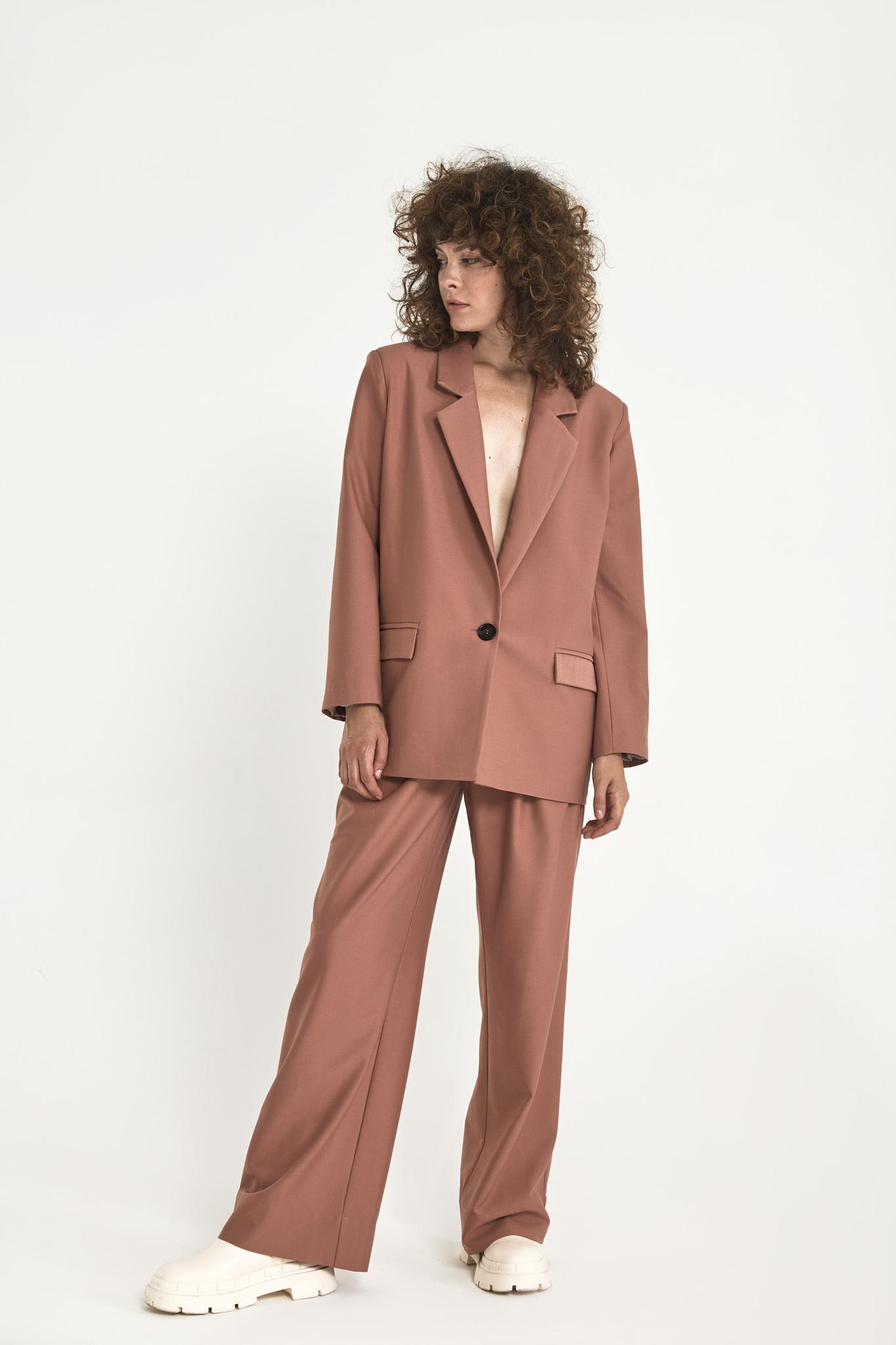 Широкие брюки с двумя складками (костюмный твил), розовая пудра