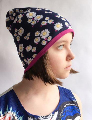 Детская шапочка из хлопкового трикотажа с ромашками