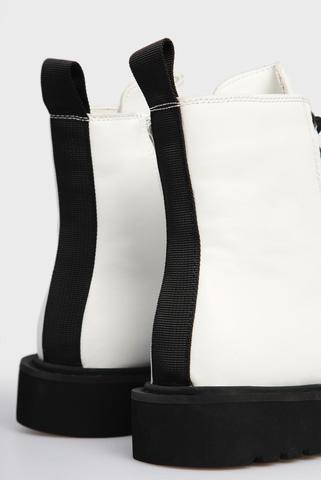 Женские белые кожаные ботинки PRPY