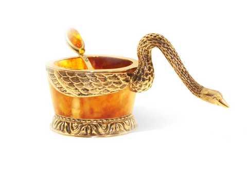 Солонка из янтаря с ложечкой