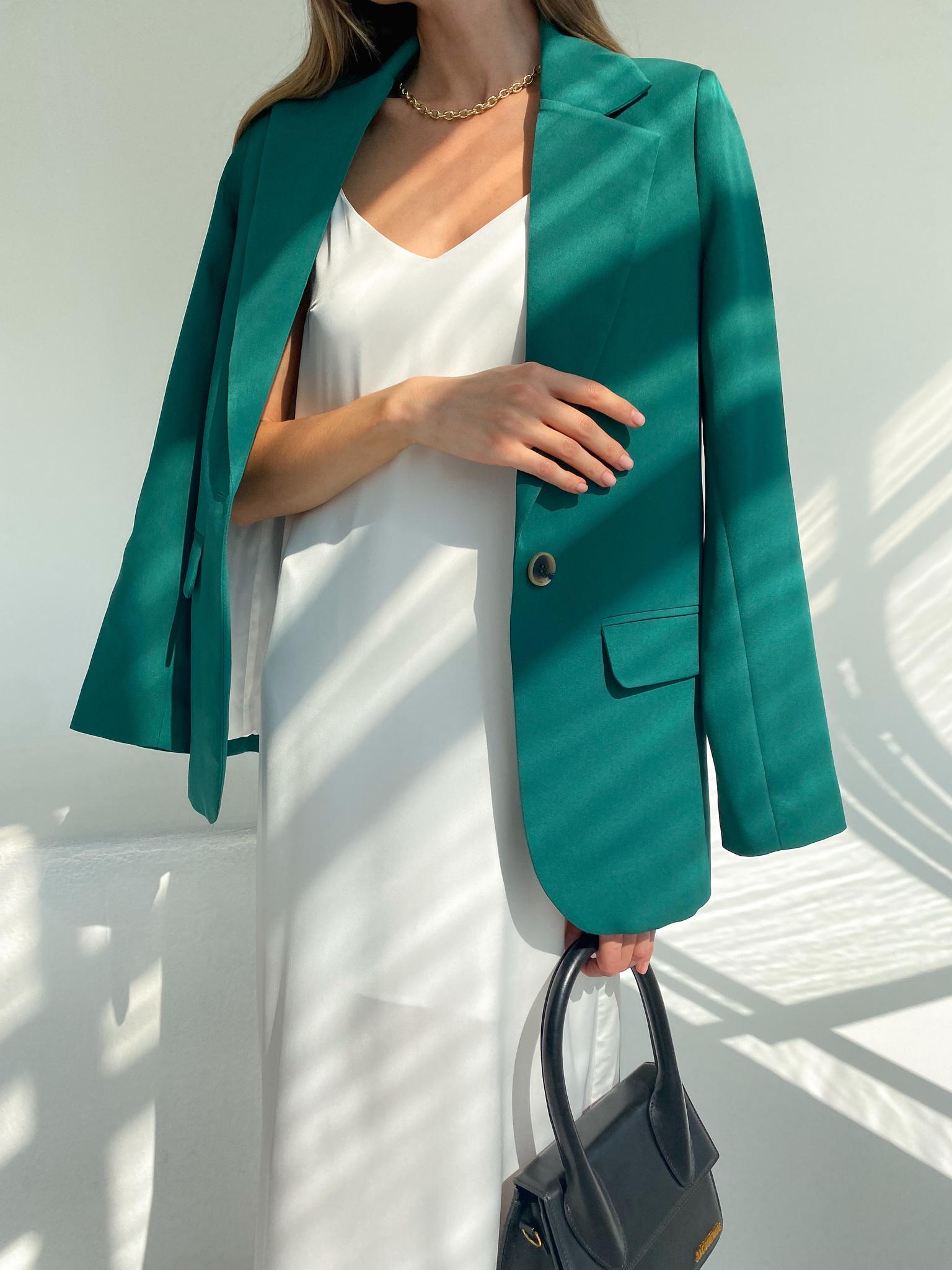 Пиджак прямой со шлицей (cветло-изумрудный)