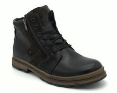 Черные кожаные ботинки на светлой подошве