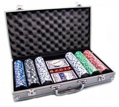 Набор для игры в покер 300 фишек в алюминиевом кейсе