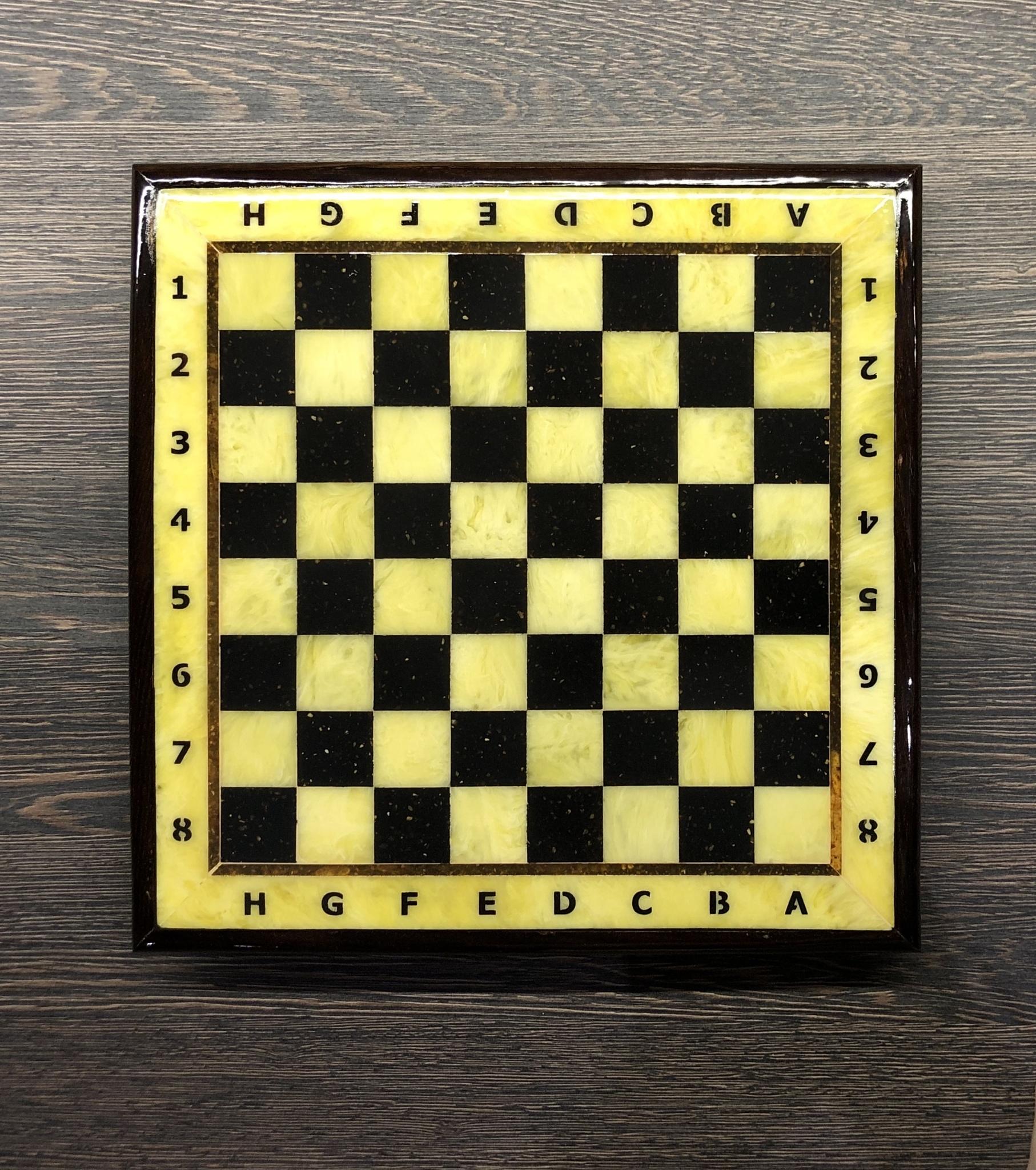 Шахматная доска с рамкой (дуб) 25*25 см 5 шт.