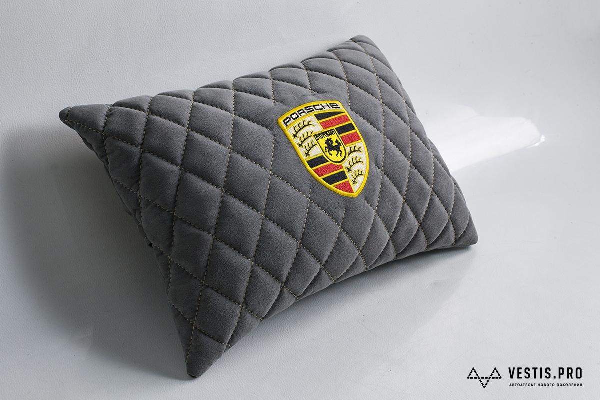 Подушка в салон Vestis