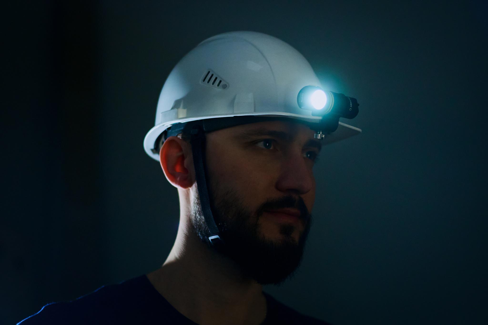 Налобный LED-фонарь Armytek Elf C1 Micro USB - фото 6