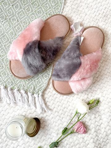 Меховые тапочки  с перекрестными шлейками