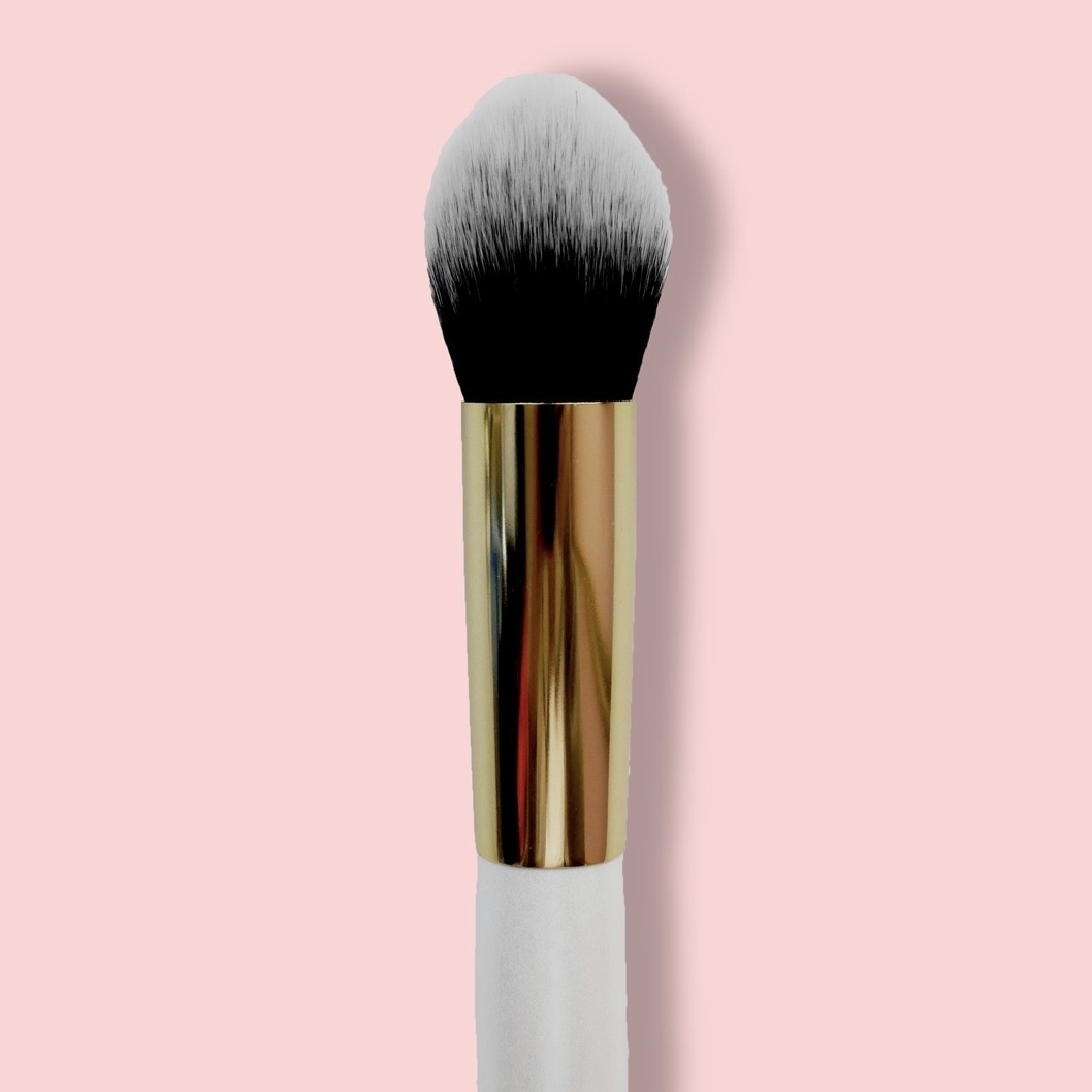Oh My brush Face definer brush 112