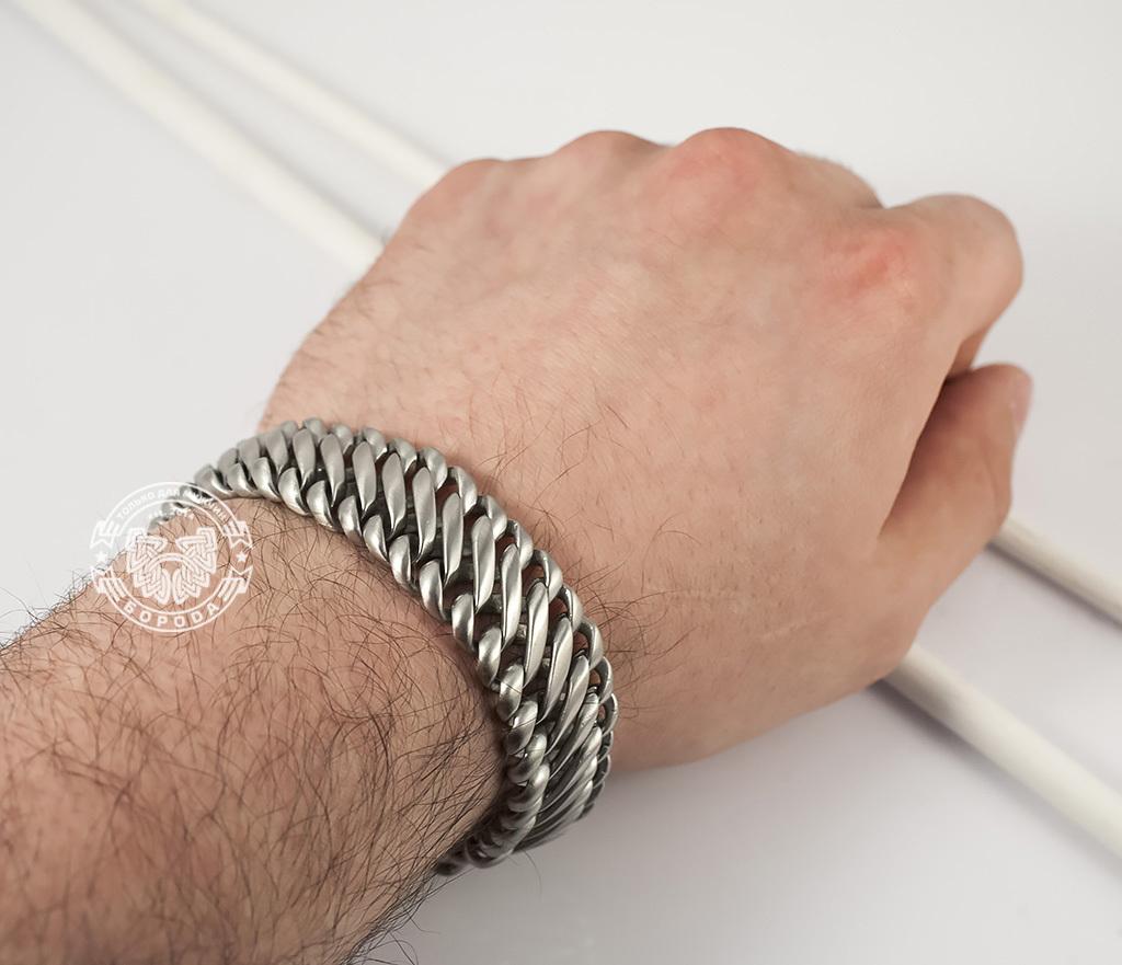 BM355 Стильный, широкий, матовый браслет из ювелирной стали с широкой планкой - застежкой (22 см) фото 04