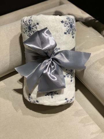 Плед с рукавами Gekoko Premium «Снежная Королева» 3