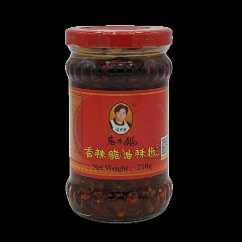 Острый соус с хрустящим перцем чили Lao Gan Ma, 210 гр