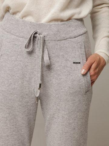 Женские серые брюки с карманами из шерсти и кашемира - фото 2