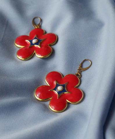 Винтажные серьги ESCADA красные цветы