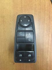 Блок управления дверями, зеркалами МАН ТГС 81258067093 для грузовых автомобилей, б/у.   Оригинальные номера - 81258067093