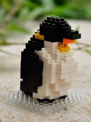 Конструктор Wisehawk & LNO Пингвин 107 деталей NO. B8 Adult Penguin Gift Series