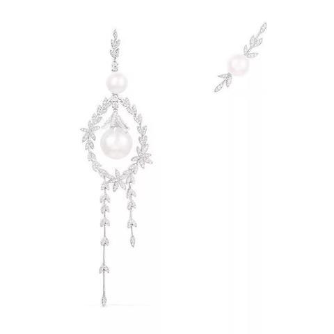 85727- Серьги ассиметричные длинные из серебра с фианитами и жемчугом