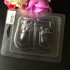 Пластиковая форма для шоколада муж. ДЖИНСЫ С ЗАДНИМИ КАРМАНАМИ 75х85мм